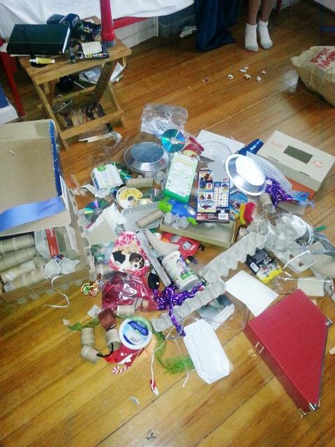 nathans junk under bed