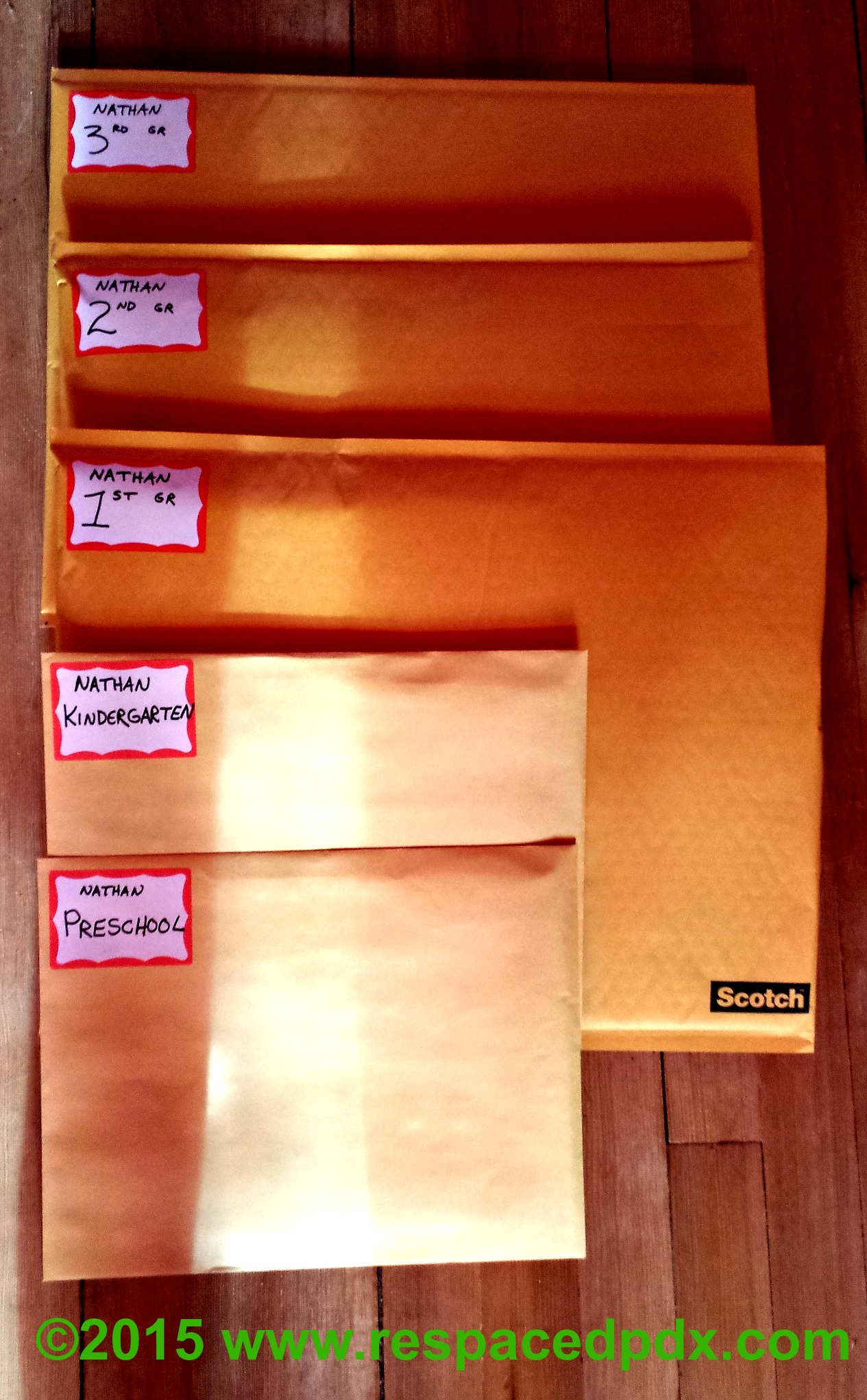 Schoolwork organizing after Super easy way to organize kids schoolwork
